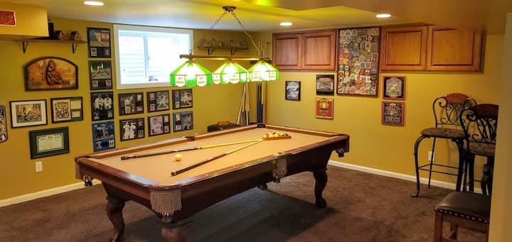 Portland-1000sf basement apt./queen