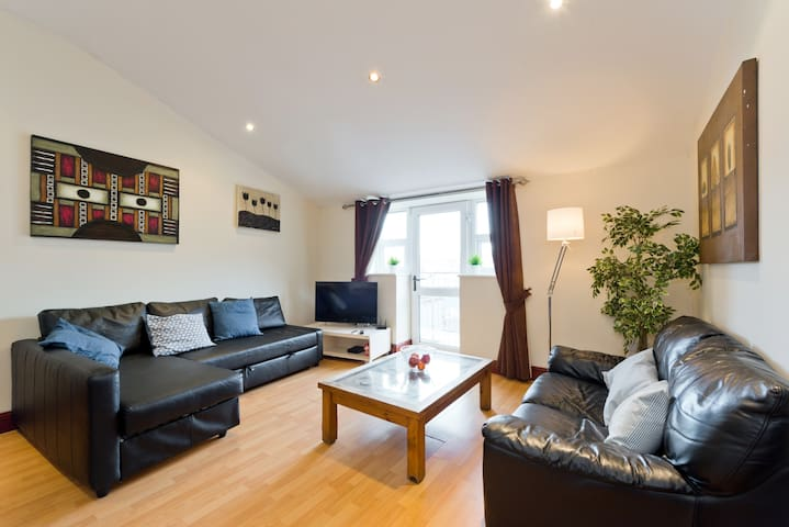Large 3bed apt close to OConnell St - Dublin - Loft