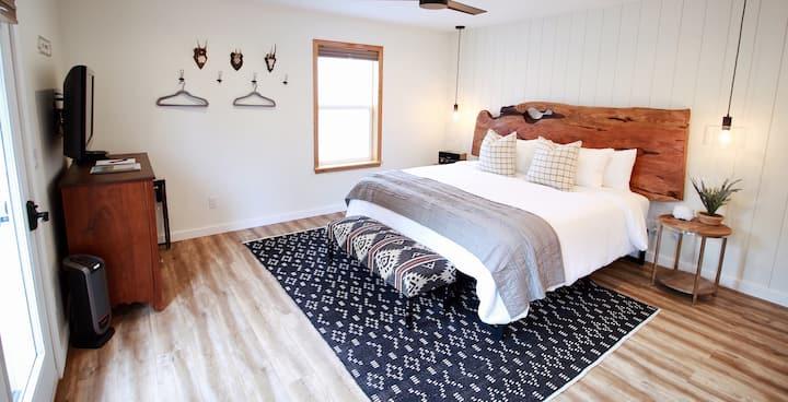 The Outside Inn - Private Studio Suite