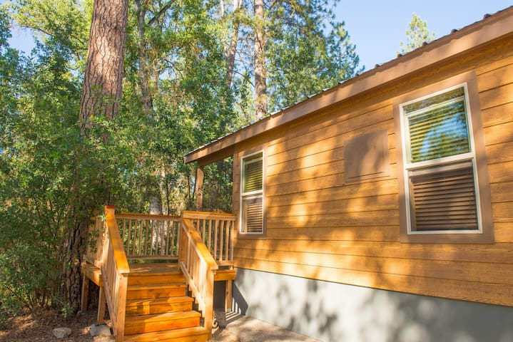 Brand New Yosemite Tiny House B - Ahwahnee - Srub