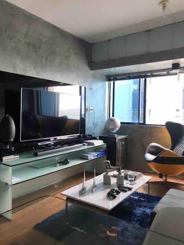 Studio Qto Sala Wc e Cozinha americana
