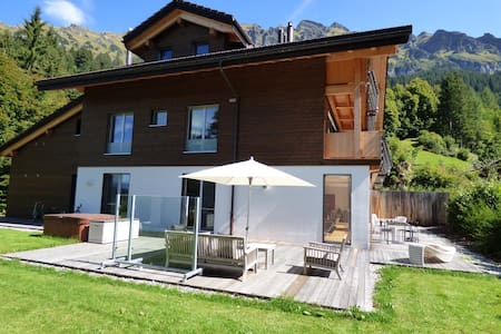 Wengen newHoliday apartment 3 rooms near chairlift