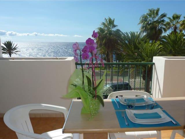 Nice apartment, 40 meters to the beach, free wifi.