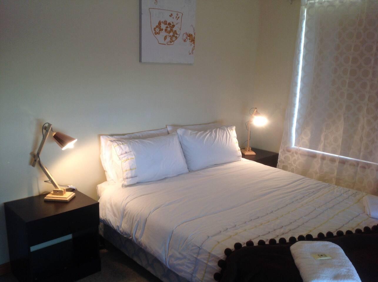 Bedroom #2- Queen Bed