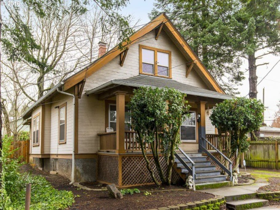 This 1912 bungalow is a Portland classic. Along with a wonderful porch, you will see beautiful original wood floors and molding throughout along with original built-ins in the dinning around and kitchen.