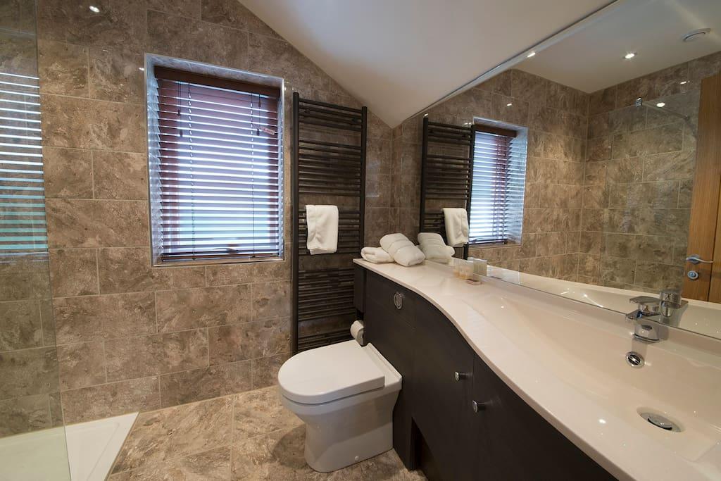 Fabulous En-suite Bathroom
