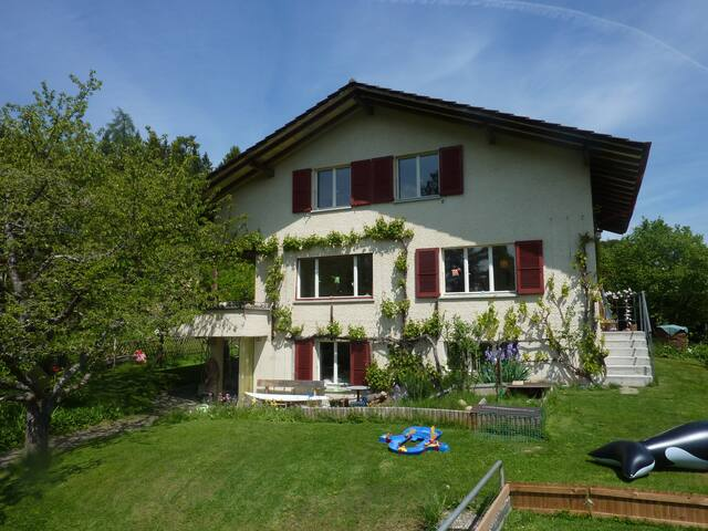 Charming house in quiet area - Gümligen - Huis