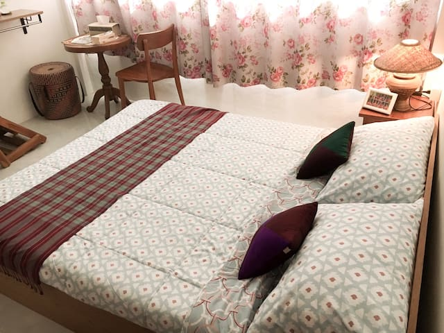 2 Private Room ,5 bed for 5 persons