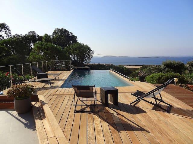Villa 6pers, piscine, plage à pied (600m), vue mer - Bonifacio