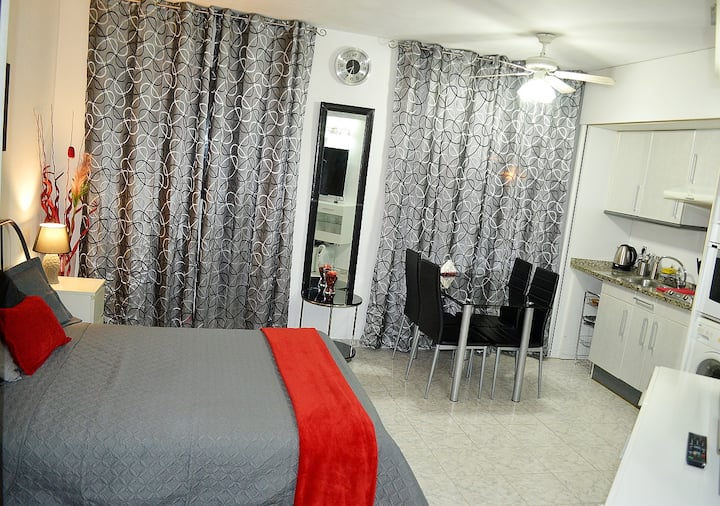 Estudio PAZ, Lloret de Mar (Fenals Beach - 250 m)