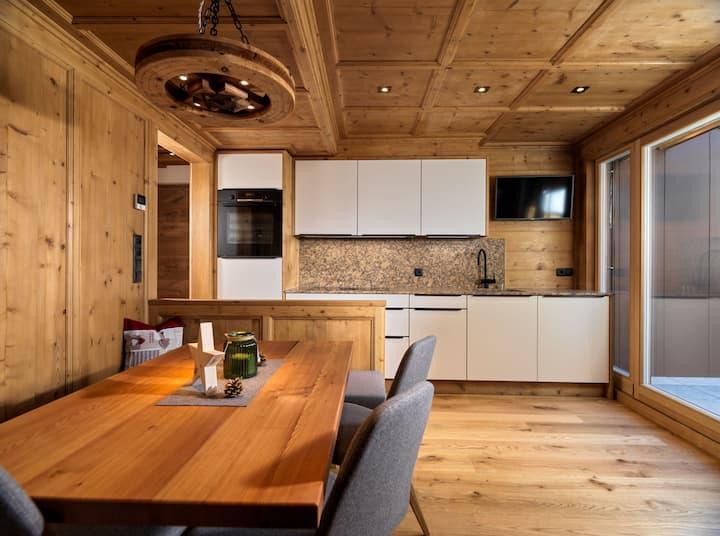 "Apartment ""Hofchalet Alm - Örlerhof"" with Mountain View, Wi-Fi, Jacuzzi, Sauna, Garden & Terrace; Parking Available"