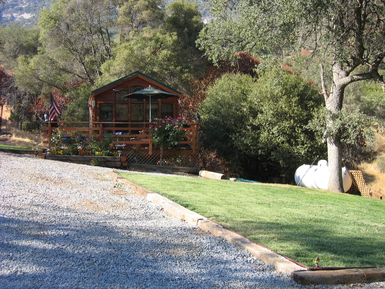 canyon kings cabin grant photo stock sign at california sequoia national general gamlin for grove usa cabins park the in
