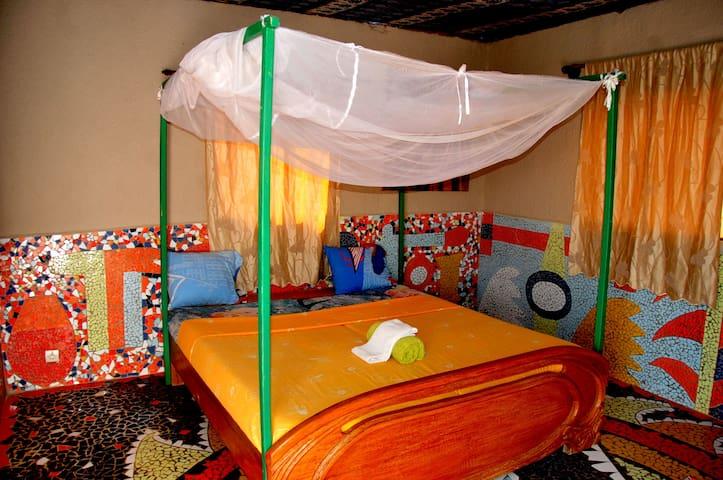 "Room 11 ""The Romantic"" (Ngor Island)"