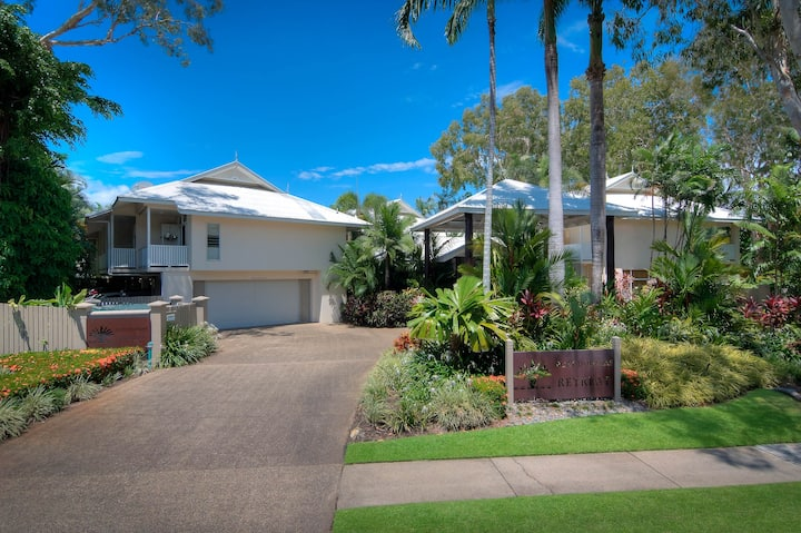 Port Douglas Retreat Holiday Apartments