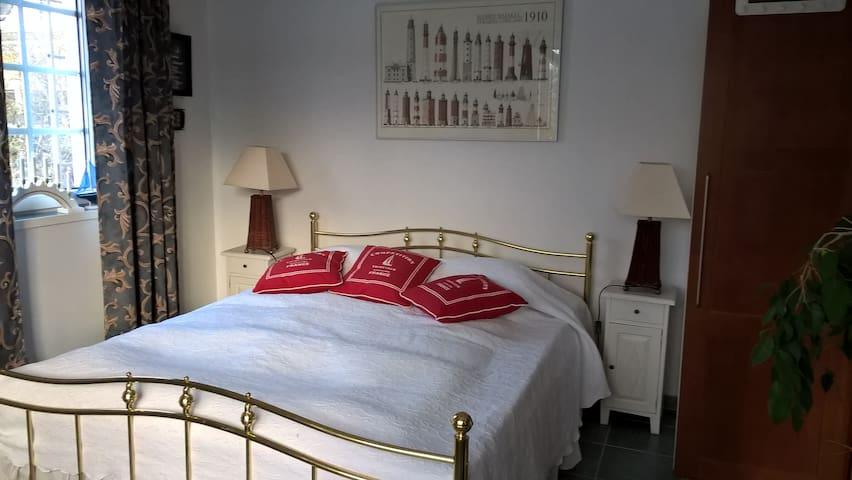Room in a house near NokiaCampus