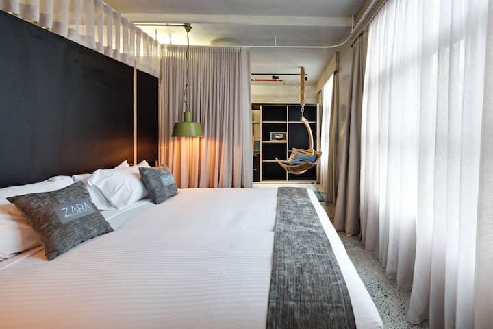 NY SoHo-Style Living in Sydney CBD
