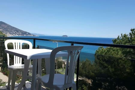 Breathtaking view on the sea - Laigueglia
