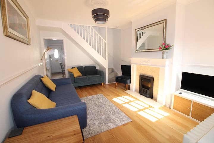 Spinnaker Cottage - Newly Refurbished