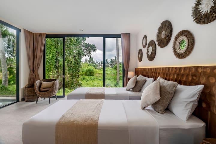 Modern earthy Bedroom