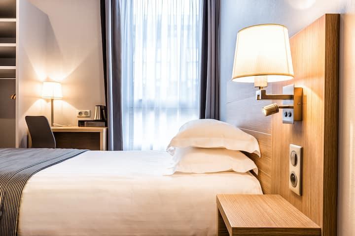 Hotel Paris D'issy, Chambre Simple Affaires