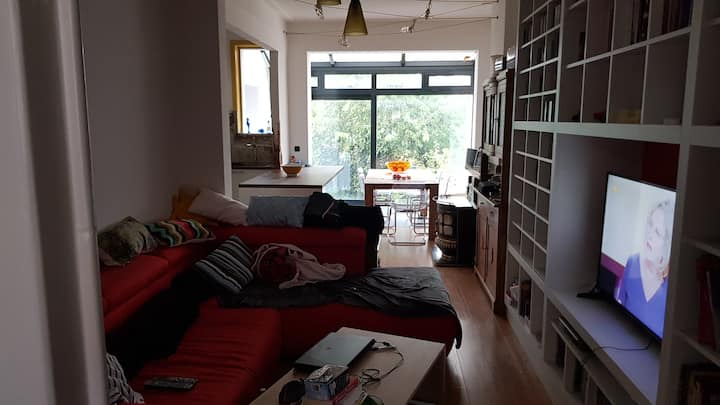 Roomy and light city house 15 min from city centre