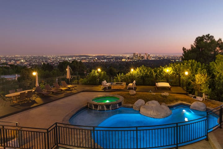 BEVERY HILLS VIEW PROPERTY
