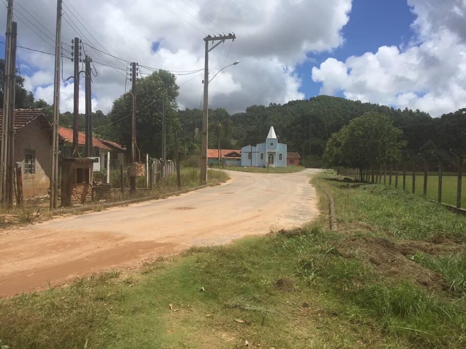 Charmosa vila de interior a 5 minutos de caminhada da casa