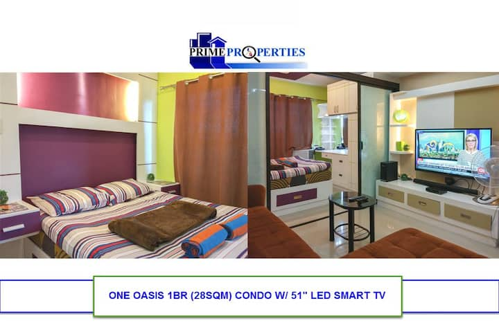 """1BR One Oasis Davao w/ 51"""" Smart TV & DSL"""