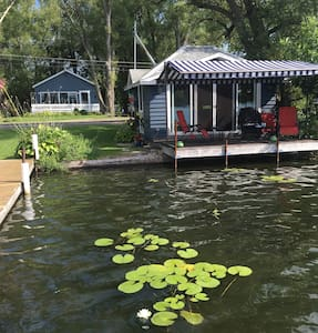 Cozy lakeview cottage with lake front dock & deck - Cassadaga - Haus