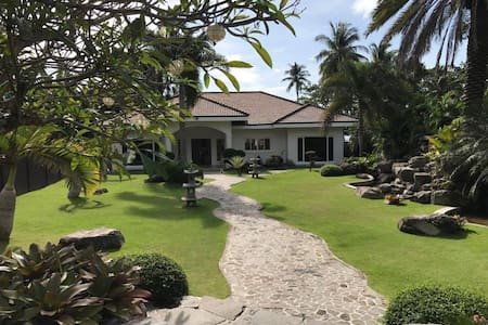 Casa Negrense Private Resort - Dauin - Huis