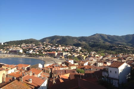 House in old Banyuls with a gorgeous view