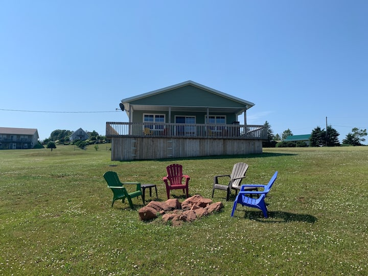 In the heart of PEI - Rayner's Riverview Cottage
