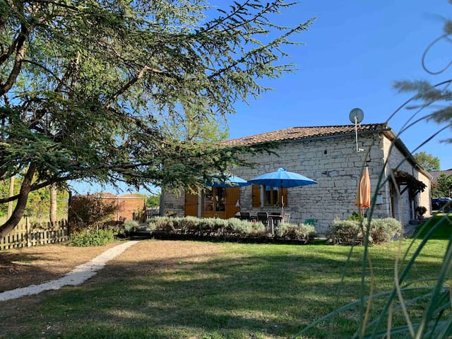 House / barn renovated Quercy nine