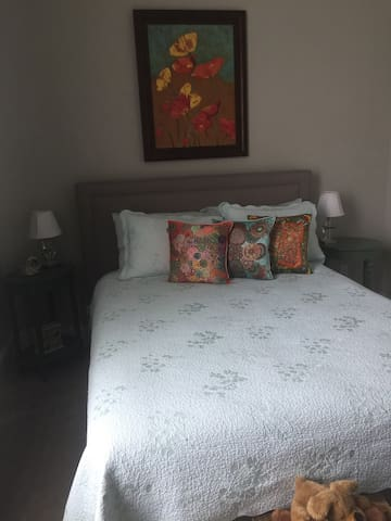 Charming detached home. Bedroom 1