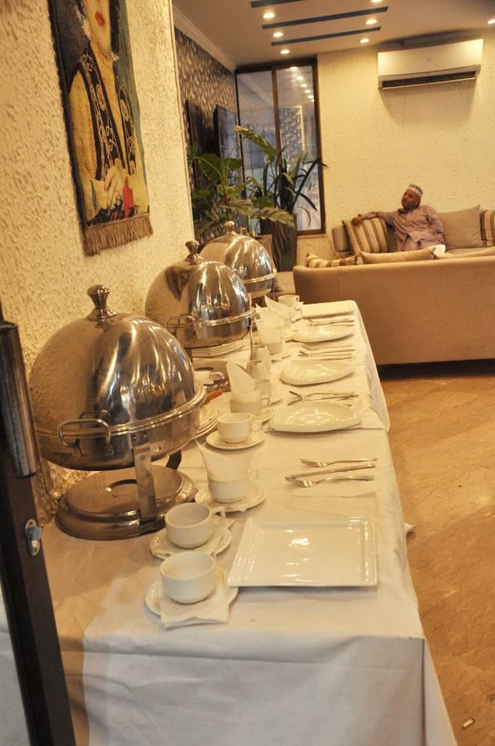 Live Royal with Royal Suites Dha 100 secure