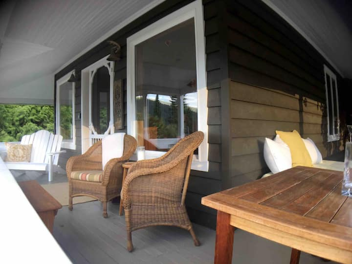 The Veranda Guest House  Private And Peaceful!