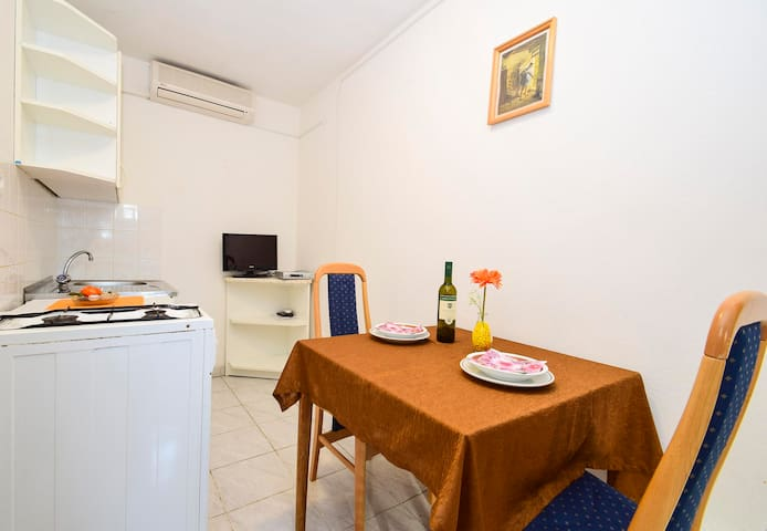 Apartments Dupin / Two bedrooms A6 - Vlasici - Apartment