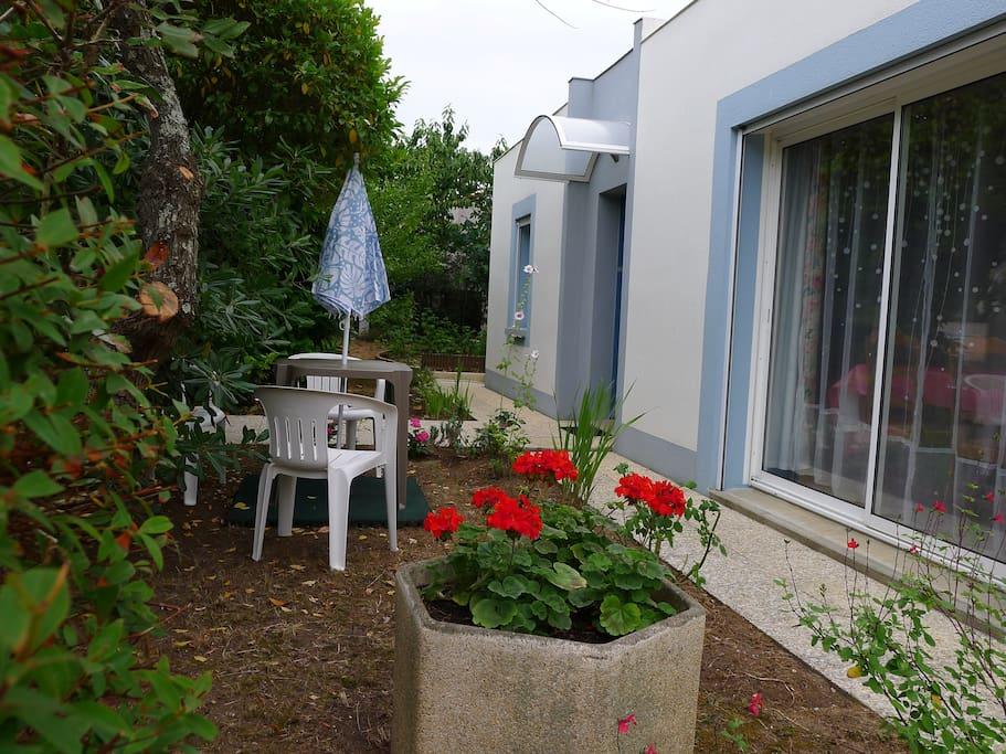 Maison proche centre ville la rochelle ile de re houses for Achat maison la rochelle centre ville