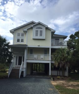 Oak Island Pond House - Oak Island - Ev