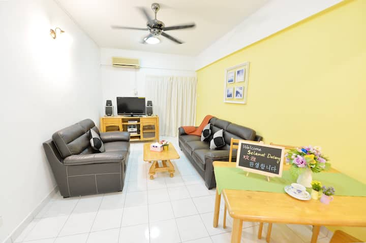 Good 3 bedroom apartment with Wi-Fi at Kijal
