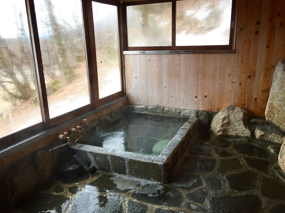 天然温泉を独り占め! Private Hot Spring Spa