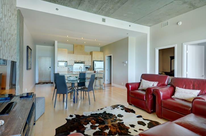 760102 - Ville de Québec - Apartamento