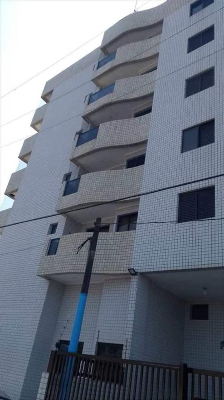 Apartamento a 100 metros da praia