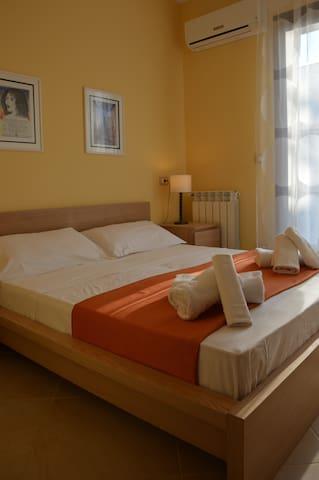 Ivan Apartment next Ortigia Siracus - Città Giardino - Departamento