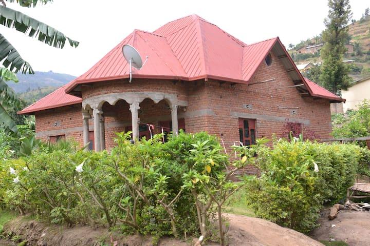 Karongi-Kibuye-Bupfune house to let
