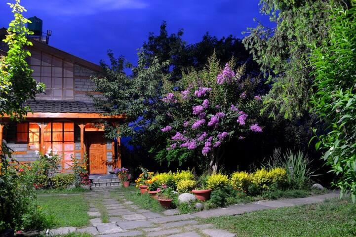 Bangloo, Three Bedroom Cottage