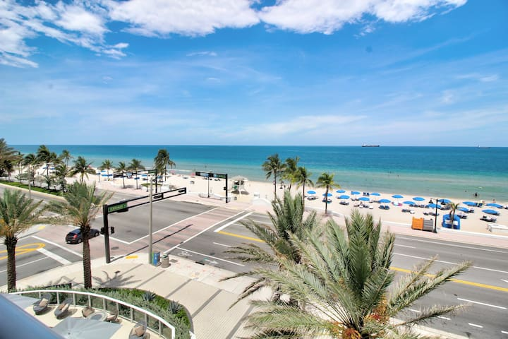 Ft Lauderdale Beach | Two Bedroom Oceanfront Beach Villa