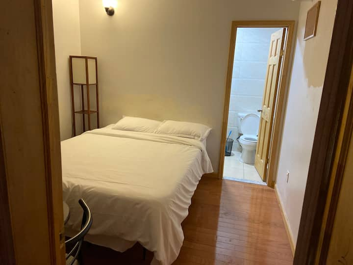 Comfortable Private Room 45 Minutes JFK Airport
