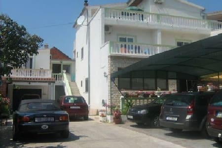 APARTMENTS ALAGA MARIJANA TRIBUNJ - Tribunj - Apartament