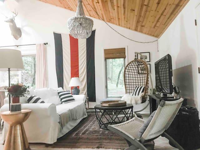 Southwest Michigan Lakeside Cottage Secluded Dunes
